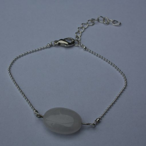armbandje steen wit