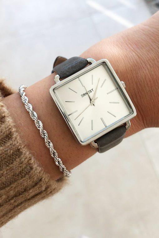 Horloge vierkant donkergrijs 2