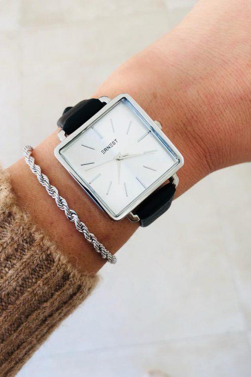 horloge vierkant zwart 2