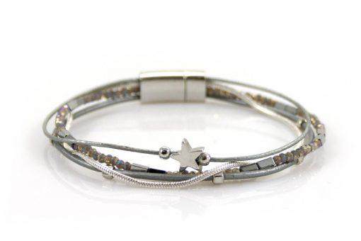 Sierlijke zilverkleurige armband met kraaltjes